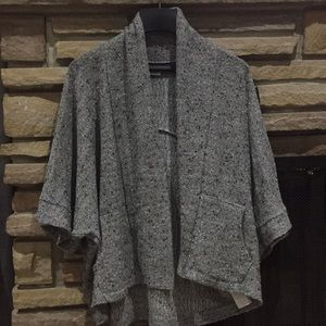 Abercrombie &Fitch cardigan size Medium